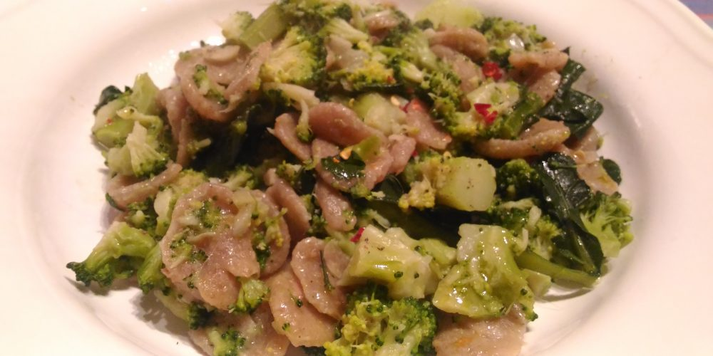 ORECCHIETTE INTEGRALI AI BROCCOLI
